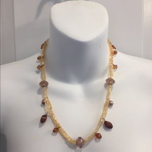Jewelry - Beaded necklace w iridescent gold, amber & pink